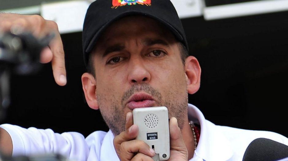 """Luis Fernando Camacho, el """"Bolsonaro boliviano"""" que protagonizó las protestas que provocaron la renuncia de Evo Morales"""