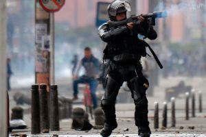 """Paro nacional en Colombia: decretan toque de queda en zonas de Bogotá por """"saqueos"""" y """"actos vandálicos"""" tras nueva jornada de protestas"""
