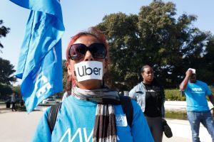 Uber y Lyft buscan el nocaut en California: gastan cifra récord en la Proposición 22