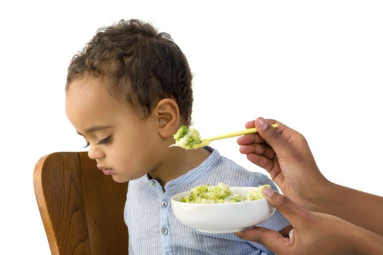 8 ideas para lograr que tu hijo coma sin quejarse