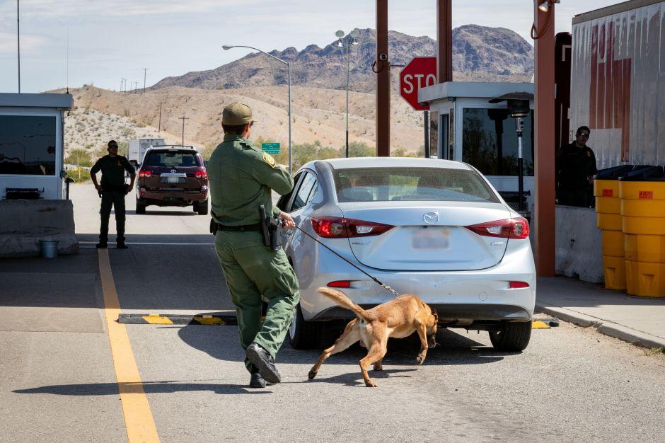 Cuatro agentes fronterizos abrieron fuego en la frontera. Ahora recibirán castigo