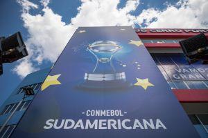 Hincha de hueso colorado: Para ver a su equipo en la final de la Sudamericana viajará 720 km ¡en bicicleta!