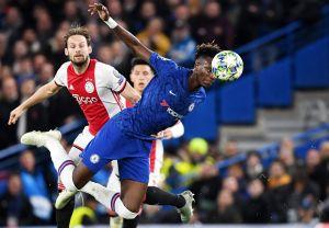 Partido de locura entre Ajax de Edson y Chelsea termina empatado a 4