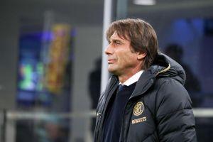 ¡Lo amenazan de muerte! Al DT del Inter de Milán le enviaron un sobre con una bala y una carta
