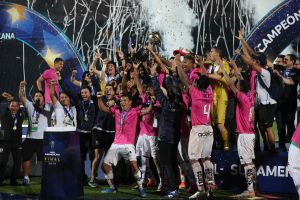 La 'Cenicienta' tuvo un final feliz: Independiente del Valle ganó la primera Copa Sudamericana de su historia