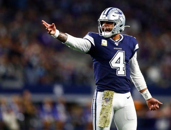 Dak Prescott, quarterback estrella de los Cowboys.