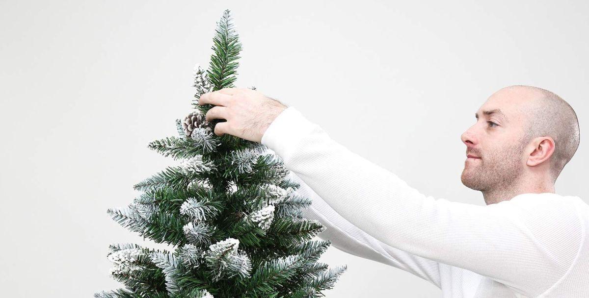 Las 5 mejores opciones de árboles de navidad artificiales por menos de $100