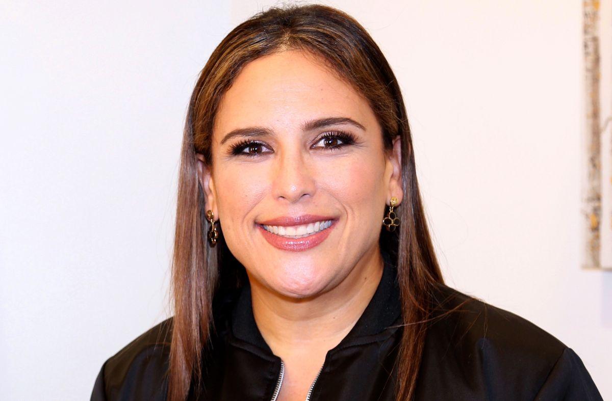 Angélica Vale mete en su cocina a 'Paulina Rubio', 'Thalía' y 'Alejandra Guzmán'