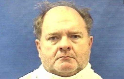"""El """"Cabeza de Papa"""" robó 10 bancos en Texas con nariz falsa, disfraz y sin mostrar pistola"""