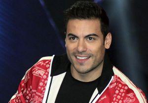 Carlos Rivera enamora a fans de todo el mundo con un concierto que ofreció desde su casa
