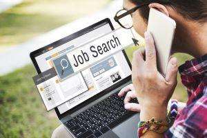 Las ofertas de trabajo han dejado de crecer