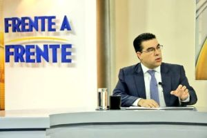 Examinan posibles delitos por reuniones entre políticos y pandilleros de la MS-13 en El Salvador