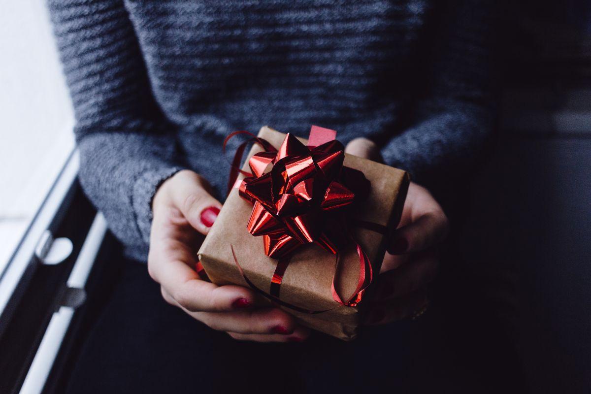 Navidad 2019: 10 regalos originales por menos de $40 para los amantes de la tecnología