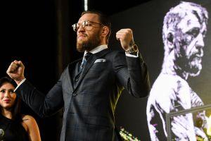 Conor McGregor presume reloj edición limitada de $100,000 dólares
