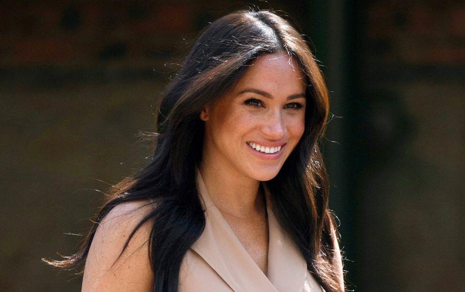 Meghan Markle, la duquesa de Sussex, tan amarilla como Los Simpson