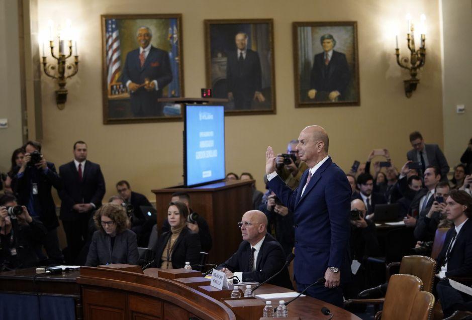"""Embajador Sondland es devastador contra Trump y Ucrania: """"¿Hubo 'quid pro quo'?… Sí"""""""