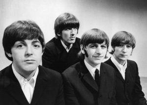 Un fan de The Beatles paga esta increíble cantidad de dinero por el manuscrito de 'Hey Jude'