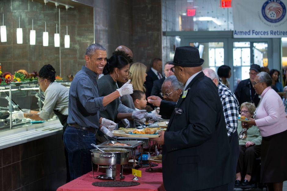 Las familias Trump y Obama comparten fotos y mensajes de agradecimiento por 'Thanksgiving'