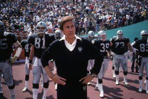 Entrevista con Tom Flores: la leyenda latina de los Raiders y la NFL espera el llamado a la inmortalidad
