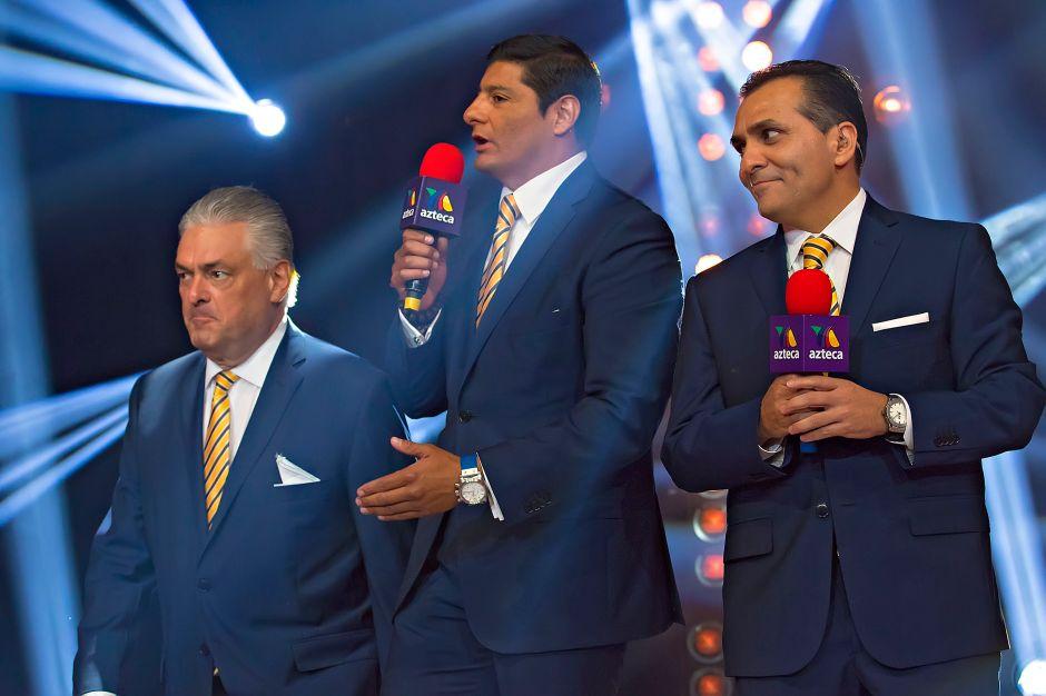 ¡Golpe bajo a TV Azteca! Carlos 'El Zar del boxeo' Aguilar debutará en TUDN en la pelea de Andy Ruiz