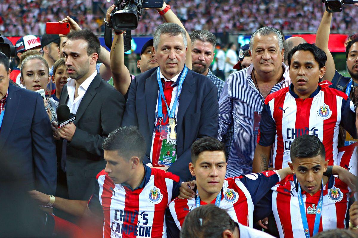 Jorge Vergara será despedido en el estadio que construyó para sus Chivas
