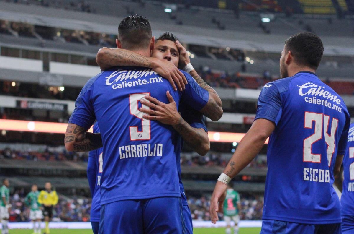 Cruz Azul se niega a morir, le gana a León
