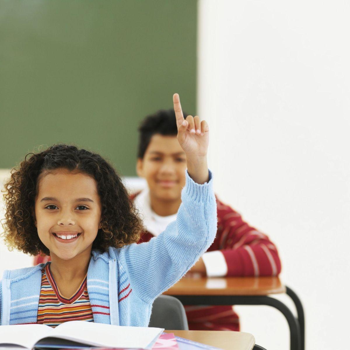Hay que tener menos alumnos por salón de clase para que aprendan mejor.