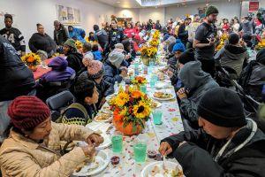 Cena para todos en el Día de Acción de Gracias