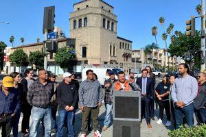 Trabajadores de la construcción presionan por pago de salarios robados