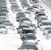 Tres tormentas invernales en pleno Thanksgiving complican viajes a millones de pasajeros en EEUU