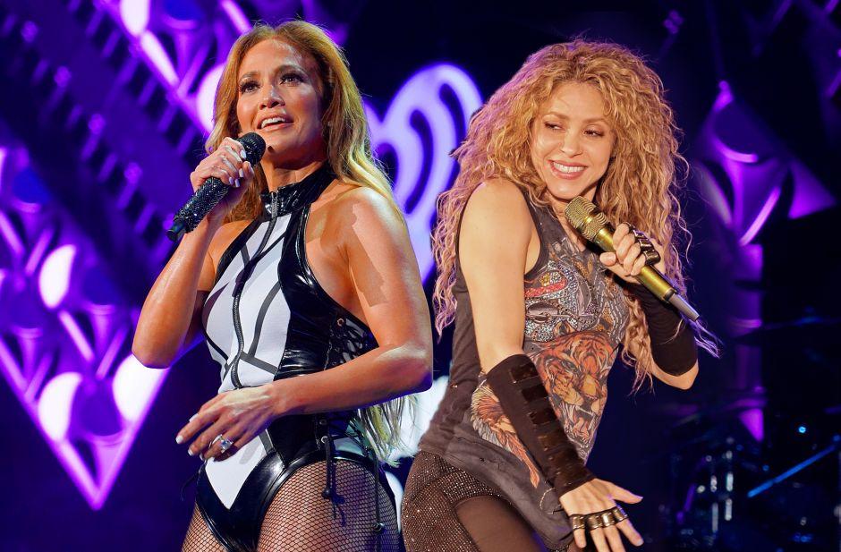 Increíble: Shakira presume ahora un vestido que Jennifer Lopez !usó hace años!