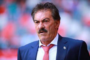 """¿No que ya se había retirado? Ricardo Lavolpe se apunta y dice que """"no cobra caro"""" por dirigir a los Pumas"""