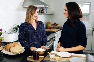 Meghan Markle, en video cocinando su receta de tostada con mantequilla de manzana