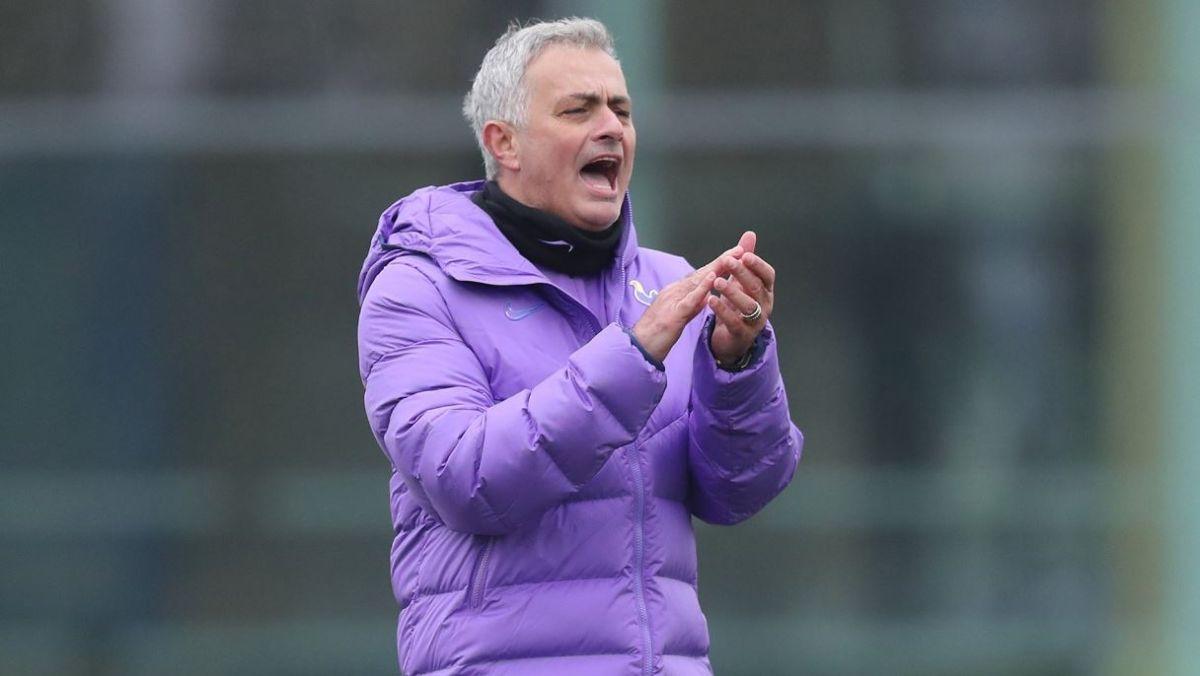 José Mourinho, entrenador del Tottnham Hotspur.