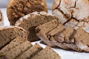 Facílisima receta de pan casero integral sin levadura ni amasado