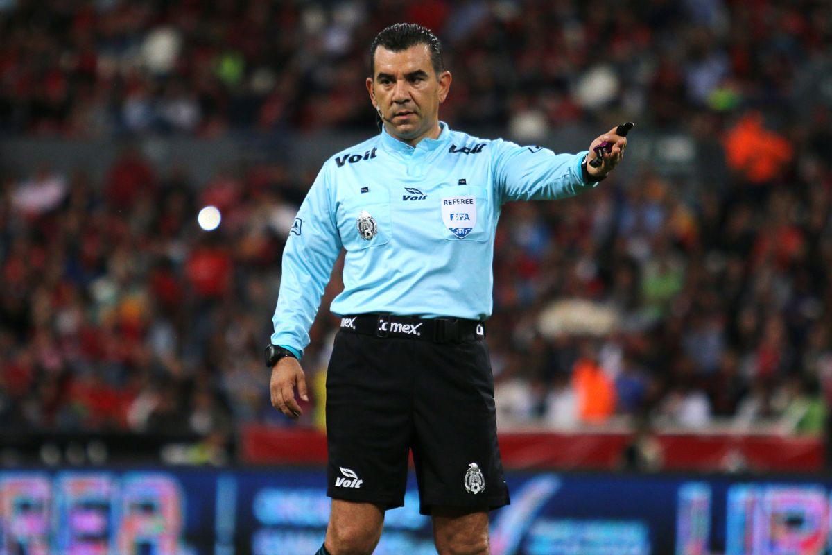 #síerapenal: ex árbitros coinciden en que en penalti concedido a Brasil estuvo bien marcado