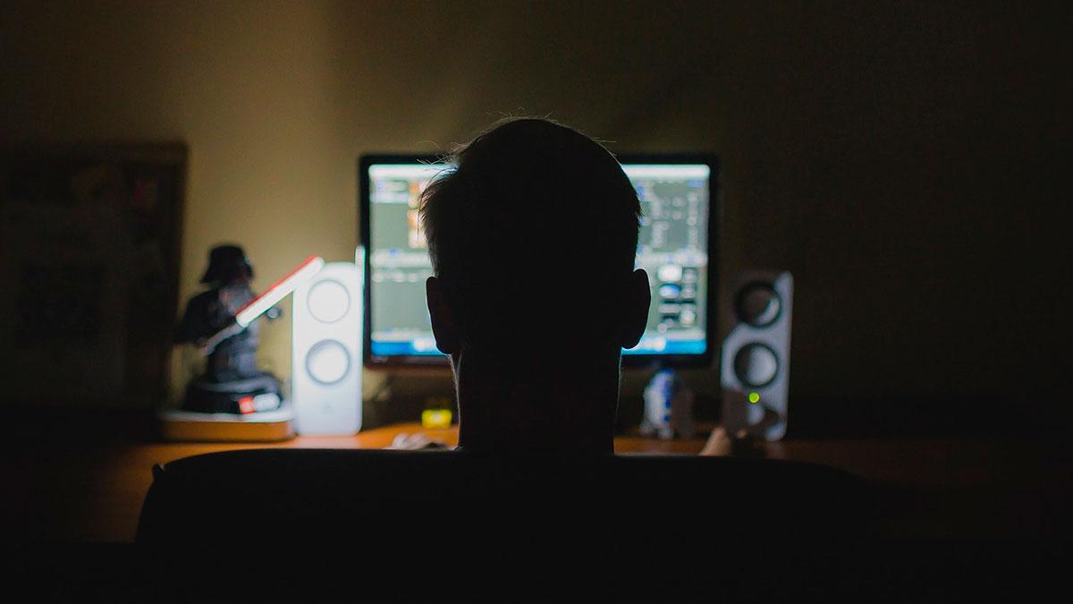 Facebook recibe 500,000 reportes de 'porno-venganza' al mes