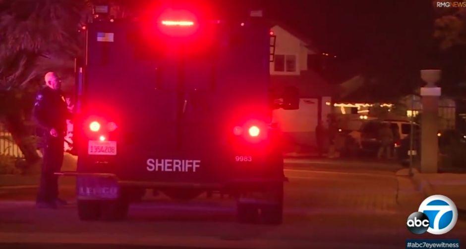 Simi Valley asesinato-suicidio: un hombre mató a su madre y al perro de la familia antes de suicidarse
