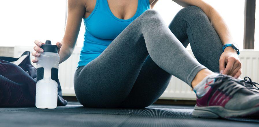 4 leggings de compresión que te ayudarán a definir y moldear tus piernas