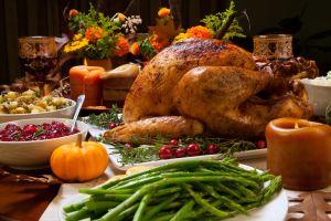 Ni rostizado ni frito: cómo ahumar un pavo para Acción de Gracias