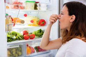 7 alimentos que potencian el mal olor corporal