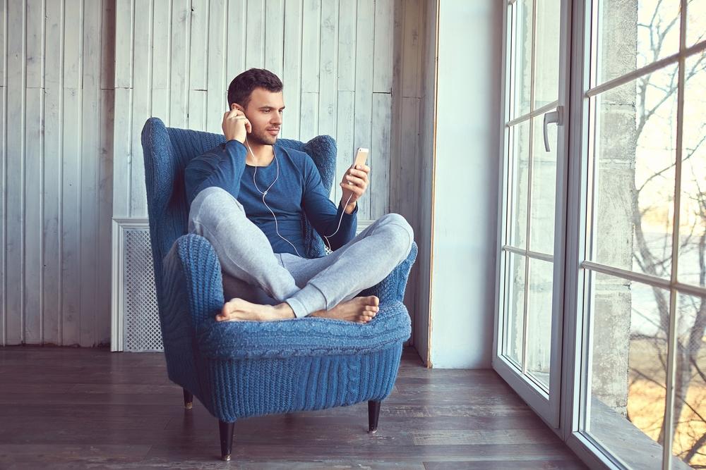 Los 5 mejores estilos de pijamas de hombre calientes para el clima frío por menos de $25