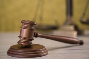 Texas: Joven de 16 años violó y estranguló a una mujer con cuchillo en mano; lo pagará con años de cárcel