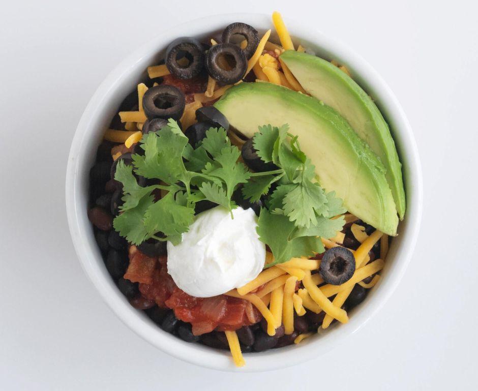 Sólo arroz y frijoles: el menú de un nuevo restaurante de Nueva York inspirado en México y Nepal