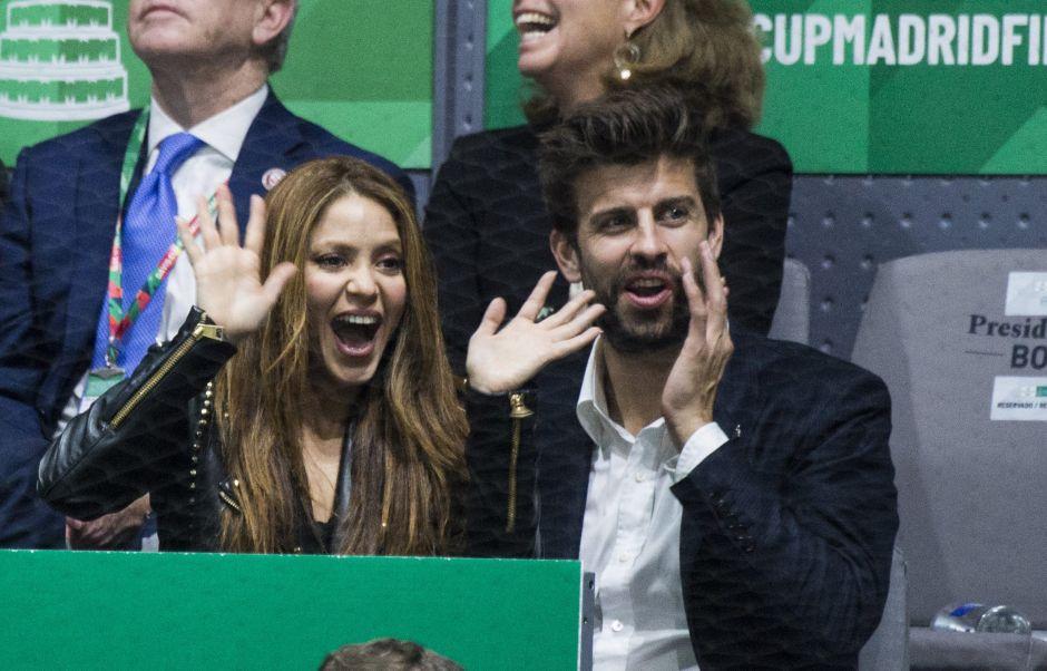 ¿Pasión o compromiso? Los nuevos besos de Shakira y Piqué
