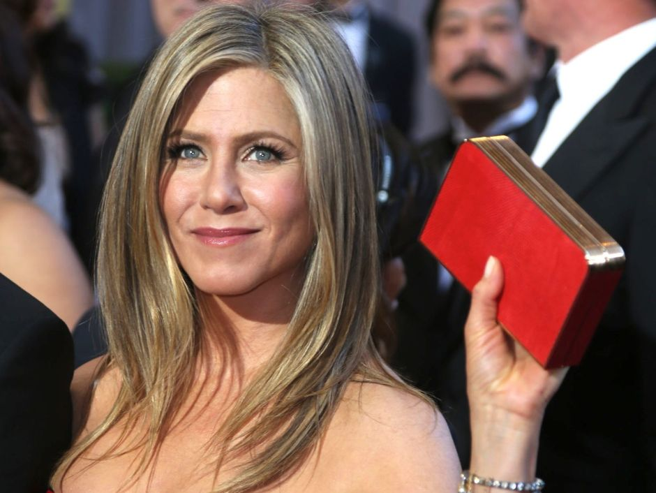 Jennifer Aniston etiqueta a otras famosas en un desafío de apoyo entre mujeres