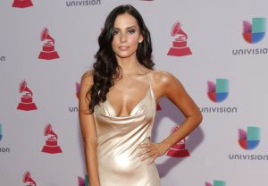 """Génesis Rodríguez, la hija de """"El Puma"""", se muestra espectacular en topless"""