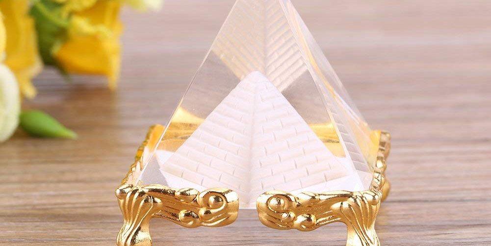Los 4 mejores amuletos de pirámides para atraer la buena suerte