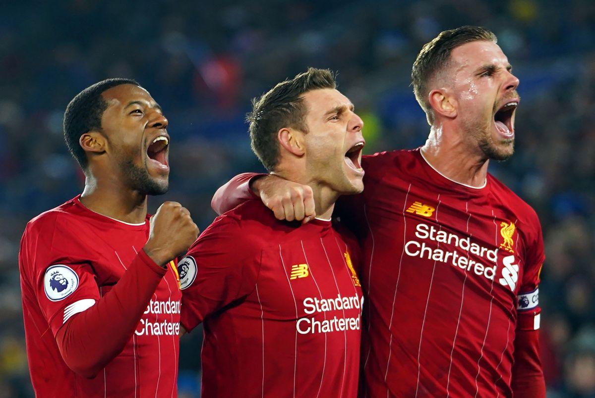 Le prohíben al Liverpool usar su parche de campeón del mundo en la Premier League