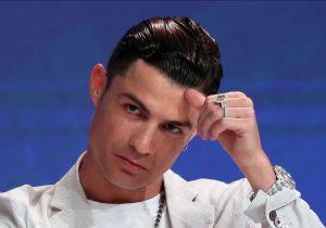 ¡700,000 dólares en una mano! Los costosos accesorios del 'look' de Cristiano Ronaldo en su aparición en Dubái
